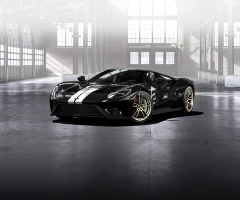 The all-new 2017 Ford GT will be available in a limited-edition Heritage theme honoring the GT40 Mark II driven to victory by Bruce McLaren and Chris Amon at Le Mans in 1966 - part of the historic 1-2-3 Ford GT sweep.