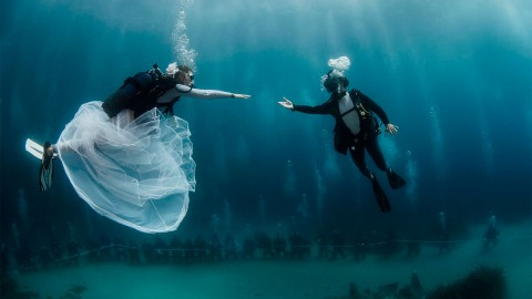 A Fairy-Tale Underwater Wedding At Hôtel Métropole Monte-Carlo