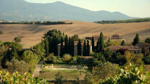 Villa Montalcino in Italian Countryside € 3,800,000