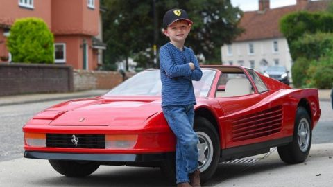 Most Expensive Kids Toy in the World Agostini Ferrari Testarossa