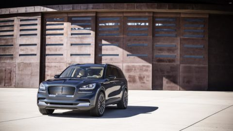 The Lincoln Aviator. Comfort is Paramount