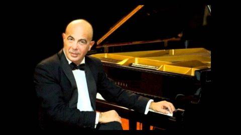 Roberto Santucci. Composer & Pianist. Cagliari, Italy