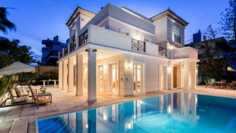 Southern Dream. Voula, Athens Area 4,000,000 USD