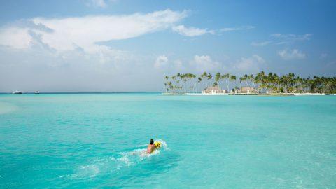 Feel Like a Celebrity. Private Islands