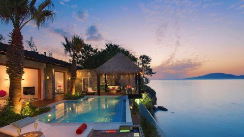 Intimate Luxury Travel Experiences